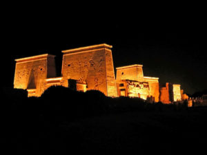 Isis Tempel in Licht show